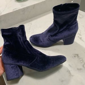 Unisa Navy Suede Ankle Boot